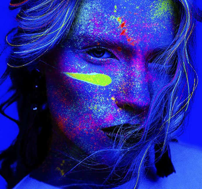 Black-Light-Photoshop-Action - 35+ Attractive Glow Effect Photoshop Actions