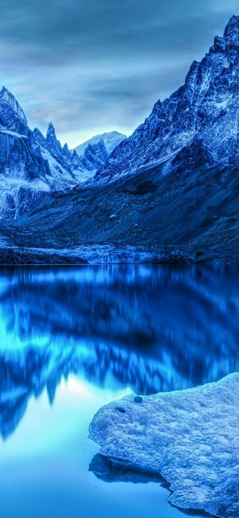 Mountains-Reflection-1080x2340-768x1664-1 - 51+ BEST Free vivo Z1 Pro Phone Wallpapers [year]