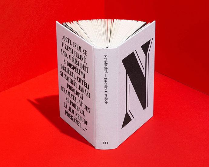 Neviditelný - 63+ Surprising Typography In Magazine & Book Designs [year]