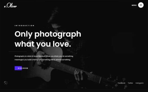 Oliver - 33+ COOL WordPress Portfolio Dark Themes [year]